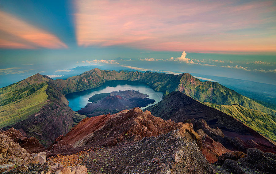 Top | Summit of Mount Rinjani 3726m