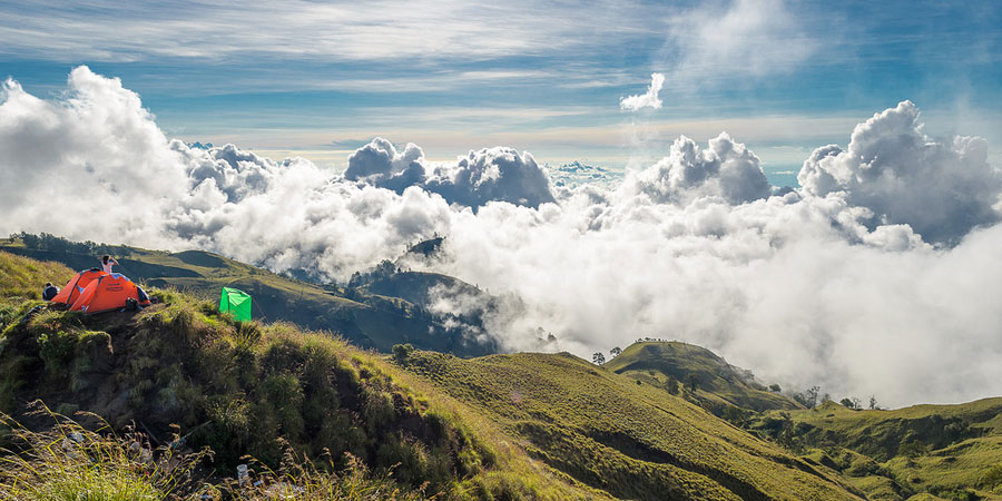 Trekking Mount Rinjani package 3 days 2 night from Senaru